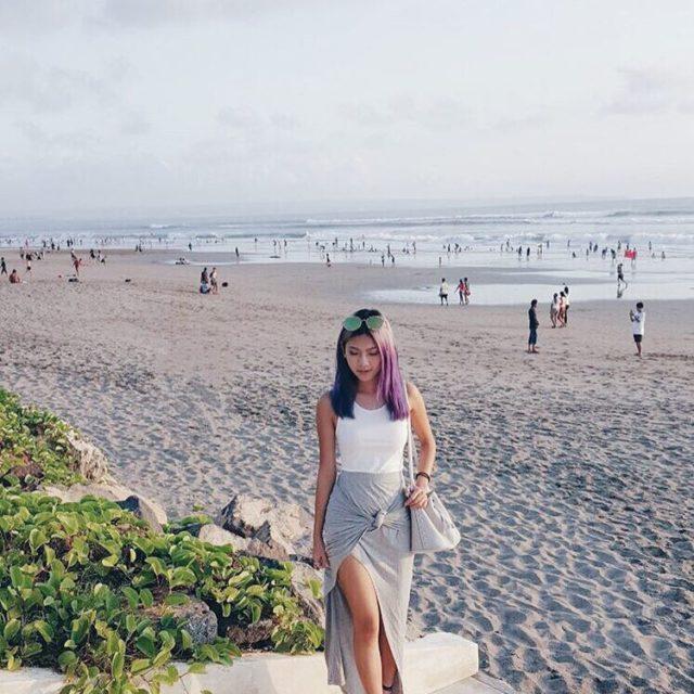 Long strolls along the sandy beach of Bali Wearing carrislabellehellip