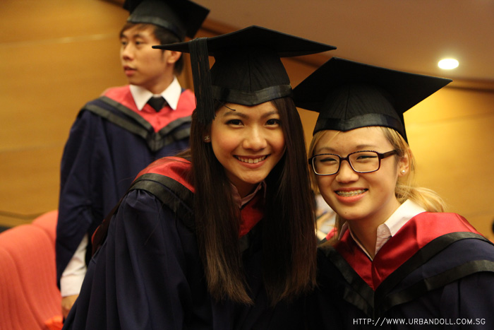 Fashion style Ntu gown convocation how to wear for lady