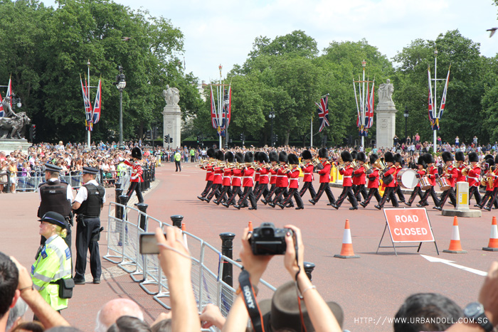 london4-buckinghampalace3