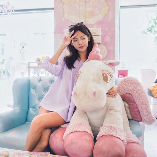 Dining with my giant unicorn! urbandolltravels urbandollinBangkok
